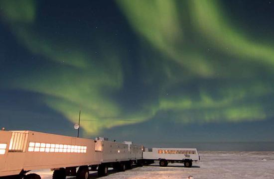 Les aurores boréales et la magie des nuits hivernales